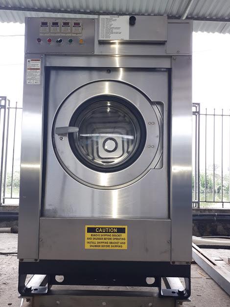 Máy giặt công nghiệp loại 22kg  xuất sứ nhật