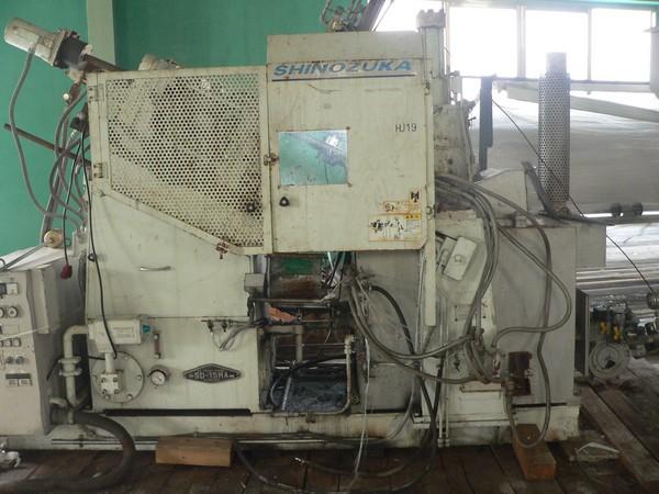 Máy đúc kim loại DKL3845