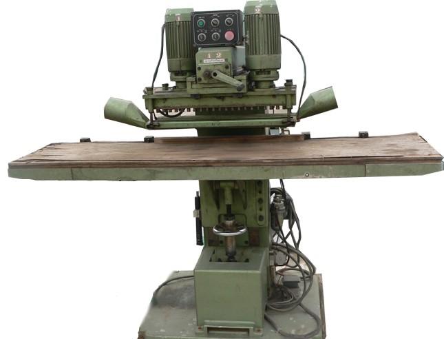 Máy khoan gỗ MKG395